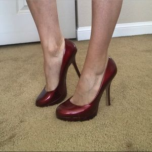 Joan & David Red Patent Leather Pumps